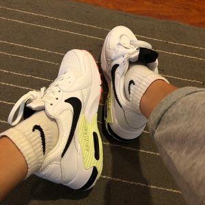 Nike Shoes - Nike air max sneaker
